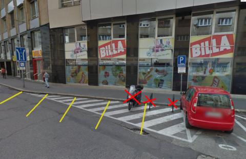 Namiesto cyklostojanov sú nakreslené parkovacie miesta. Namiesto 6 miest pre bicykle (alebo pre motorky :) budú podľa výkresu dve nové miesta pre autá. Zmena v dopravnej politike mesta?